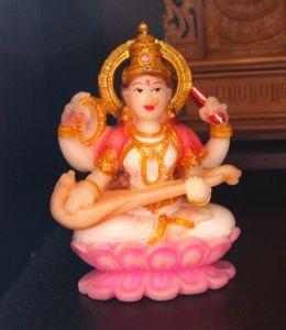 http://commons.wikimedia.org/wiki/File:Sarasvati_sculpture.jpg
